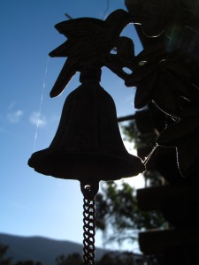 Silhouette Bell